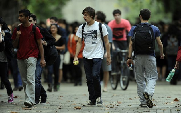 Tertiary students at the University of Melbourne in Melbourne, Wednesday, May 8, 2012. (AAP Image/Julian Smith) NO ARCHIVING